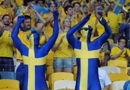 Swedish_football_supporters_20120611.jpg