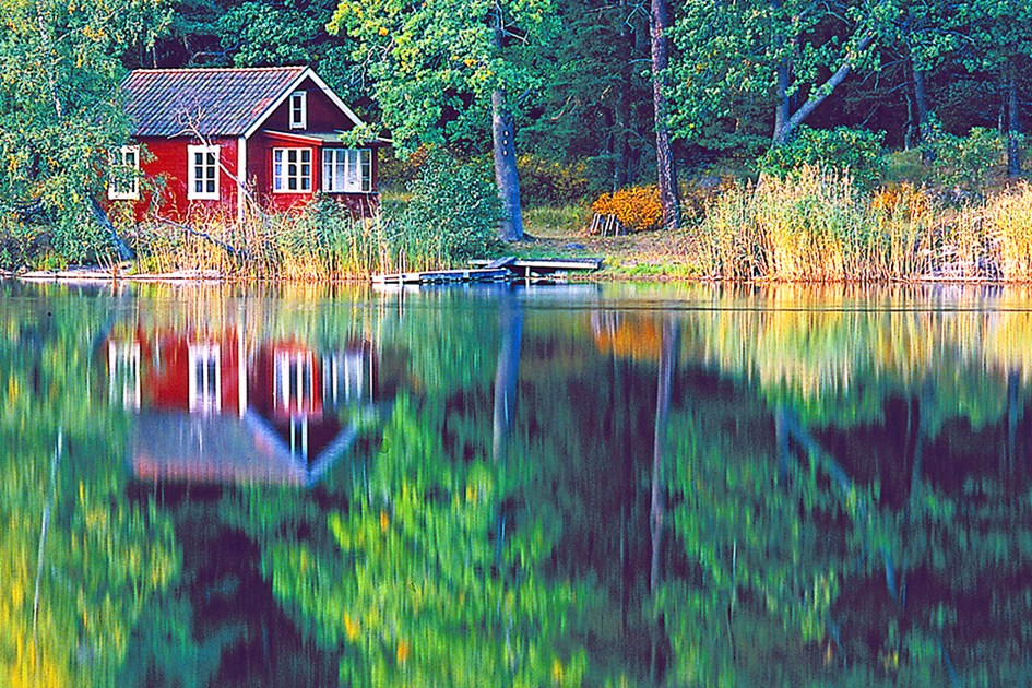 14145-little-red-house-960x640-2.jpg